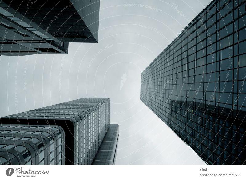 FFM Perspektive Stadt Himmel Haus Gebäude Baustelle Beton Glas Frankfurt am Main Sportveranstaltung Konkurrenz
