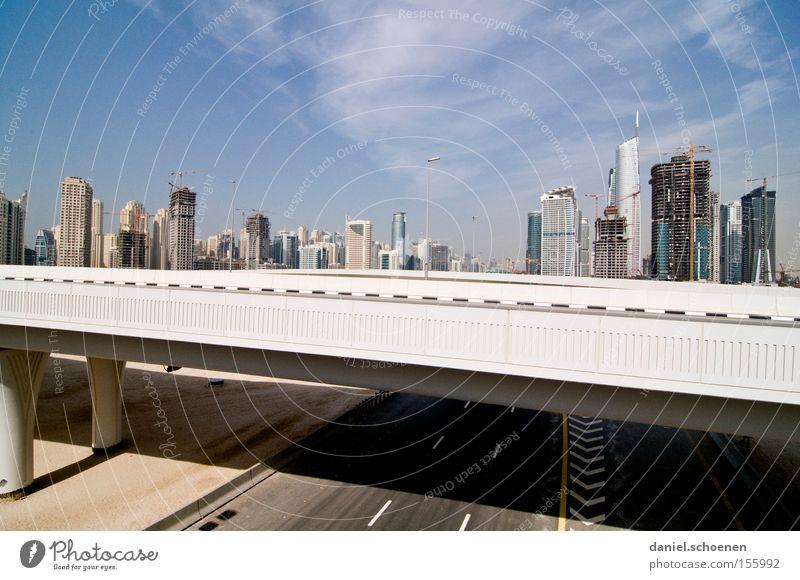 Metropolis 5 Stadt Straße Bewegung Wohnung Hochhaus Verkehr Brücke KFZ Wachstum Häusliches Leben Skyline Dubai Arabien Vereinigte Arabische Emirate Reifezeit