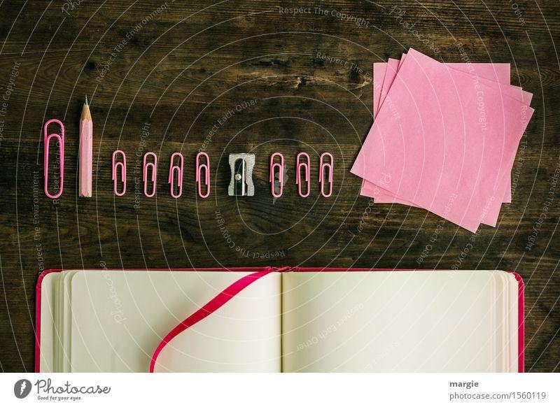 Notizzettel, Bleistift, Spitzer, Büroklammern, Notizbuch, alles in pink und rosa Arbeit & Erwerbstätigkeit Beruf Büroarbeit Arbeitsplatz Werbebranche