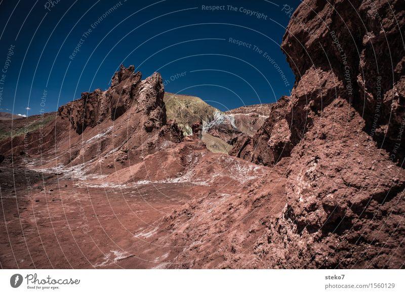 Regenbogental Schönes Wetter Wärme Dürre Berge u. Gebirge Wüste außergewöhnlich blau braun rot Überleben Ödland Ton Salz Gesteinsformationen mehrfarbig