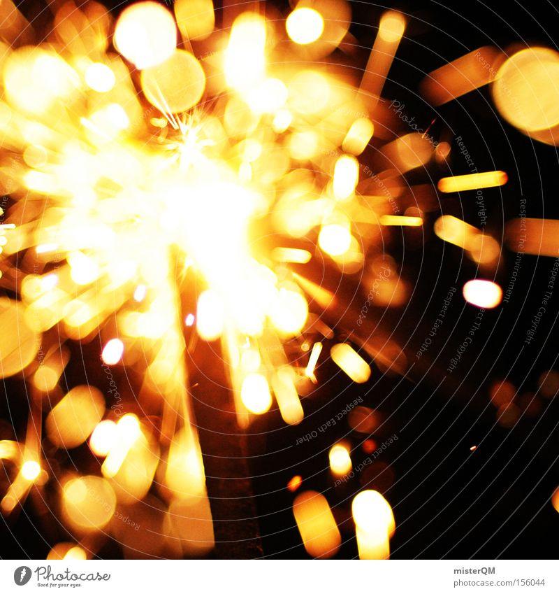 Silvesterparty - Wenn man die Hitze spürt. Freude Wärme Feste & Feiern Brand Feuer gefährlich bedrohlich Silvester u. Neujahr heiß brennen extrem Funken Grad Celsius Glut Wunderkerze verbrannt