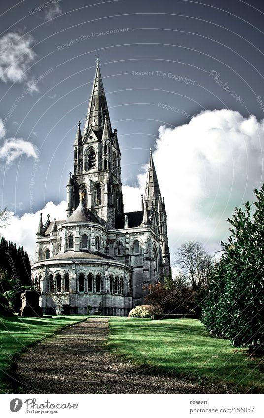 cork cathedral Religion & Glaube Kirche Kathedrale Gotik Neogotik Himmel vertikal Stein hoch Höhe Gotteshäuser Katholizismus Gebet historisch Religion u. Glaube