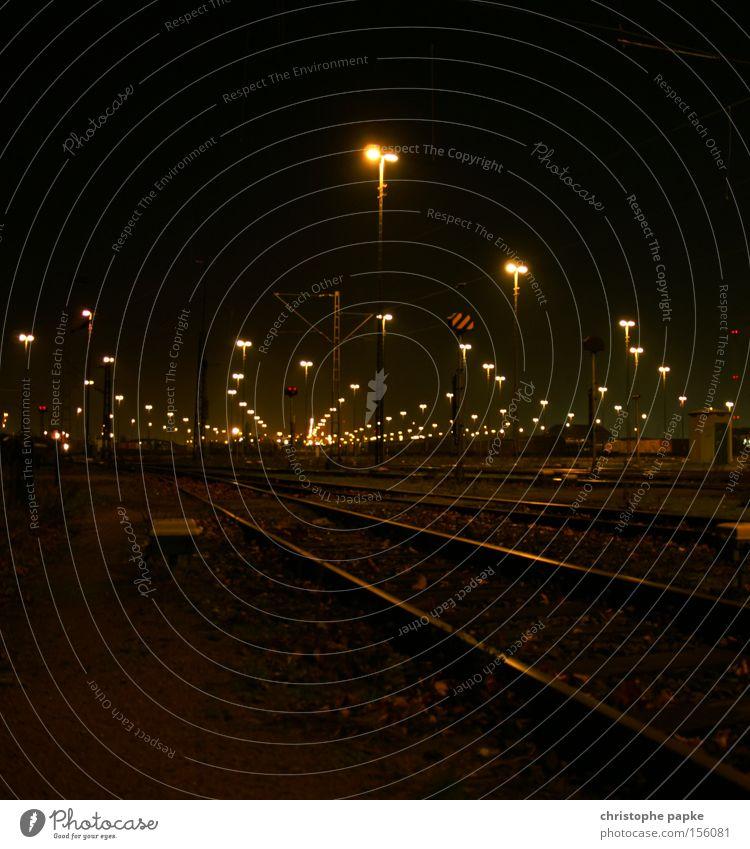 (Lande)Bahn Bahnhof Gleise Güterverkehr & Logistik Eisenbahn Lampe Hamburg Briefumschlag Schienenverkehr Lokomotive Güterbahnhof Verkehr Umschlaghof