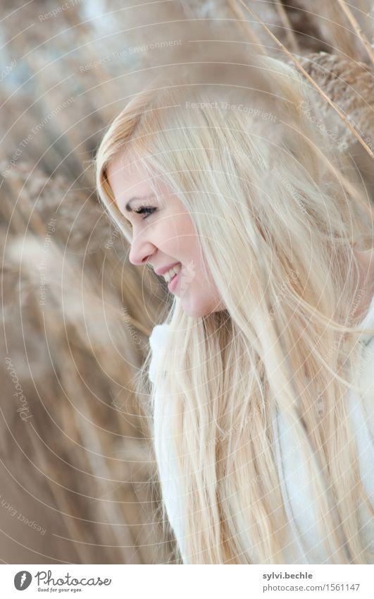 ton in ton schön harmonisch Wohlgefühl Zufriedenheit Mensch feminin Junge Frau Jugendliche Leben 18-30 Jahre Erwachsene Umwelt Natur Pflanze Herbst Winter Gras