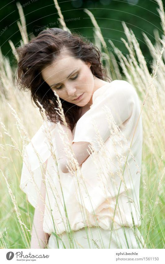 Just stay yourself schön Gesundheit harmonisch Sinnesorgane ruhig Mensch feminin Junge Frau Jugendliche Leben 18-30 Jahre Erwachsene Umwelt Natur Klima Wind