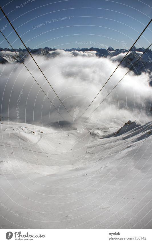 Aufgehängte Wolken Himmel Winter Wolken Ferne Schnee Berge u. Gebirge Horizont Felsen Aussicht Alpen Gipfel Tal erhaben monumental