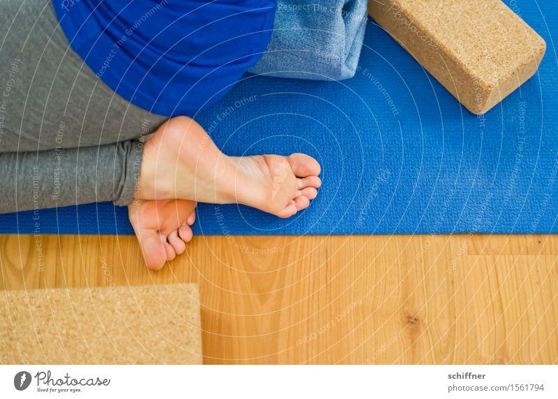 Es mal kreuzweise können Gesundheit Leben harmonisch Wohlgefühl Erholung ruhig Meditation Freizeit & Hobby Sport Yoga Mensch Frau Erwachsene Gesäß Beine Fuß 1
