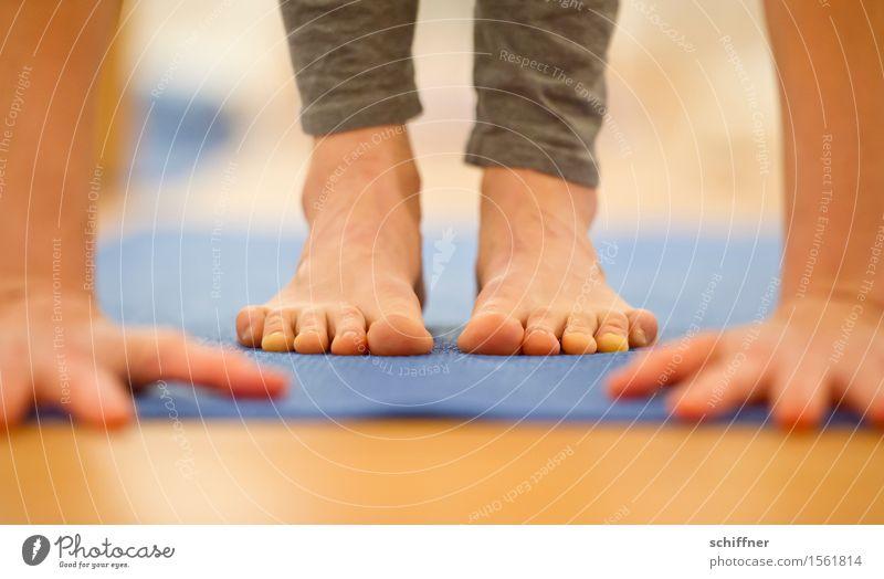 ...geschafft! Mensch Hand Erholung ruhig Leben Sport Gesundheit Fuß Freizeit & Hobby Arme Finger Fitness dünn Wohlgefühl Meditation Sport-Training