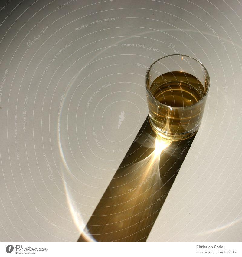 Sonnenuhr Glas Kreis Getränk Küche Gastronomie Dinge Whiskey Lichtkegel