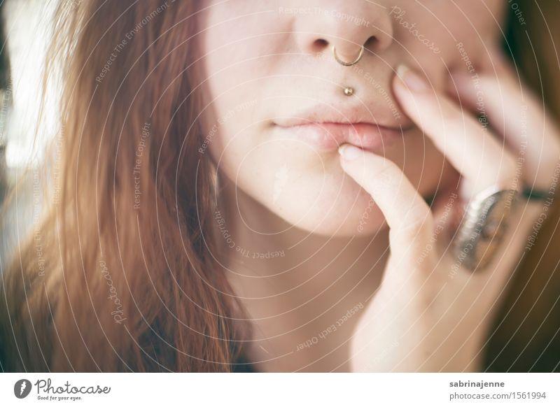 Lips Stil Haut Gesicht Kosmetik feminin Junge Frau Jugendliche Erwachsene Partner Nase Mund Lippen 1 Mensch 18-30 Jahre Mode rothaarig langhaarig Sex ästhetisch