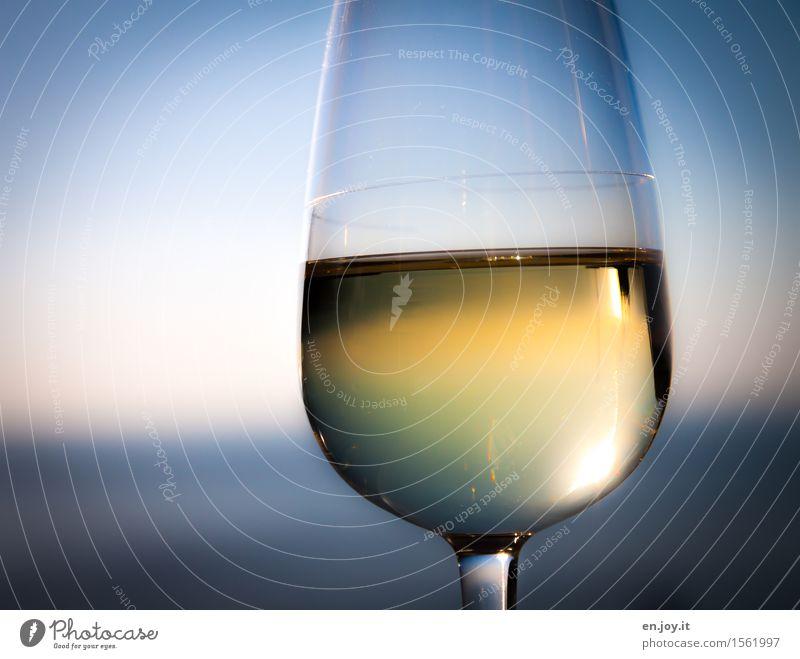 Wahrheit Himmel Ferien & Urlaub & Reisen blau Gesunde Ernährung Meer Erholung gelb Gesundheit Lifestyle Feste & Feiern Party Horizont Glas genießen Lebensfreude