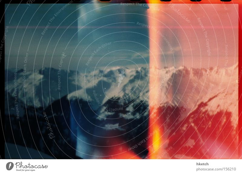 Lichtschutzfaktor 50 Sonne Winter Schnee Berge u. Gebirge Eis Frost Alpen kalt analog Lochkamera Lightleak Pinhole Farbfoto Außenaufnahme Experiment Light leak