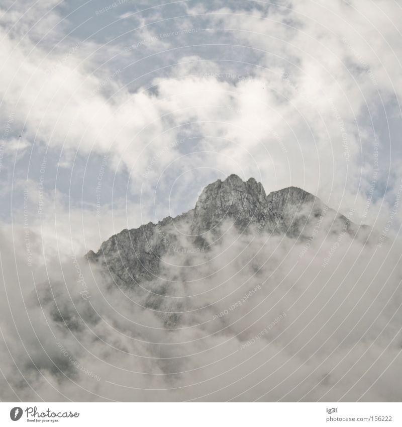 TRAUM°BILDER # Wolkenkratzer`´´´ Freiheit Flugzeug Hochhaus Luftverkehr Frieden Vertrauen entdecken Flucht Selbstständigkeit Schwerelosigkeit Kollision