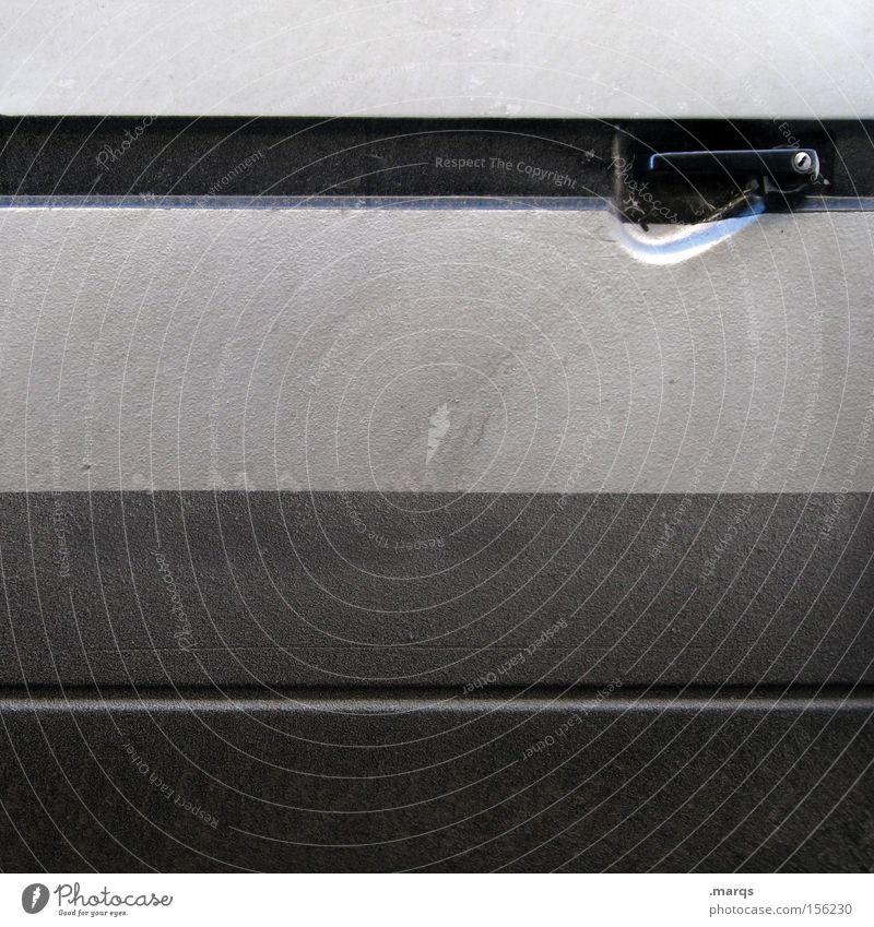 Sliding Door Farbfoto Gedeckte Farben Außenaufnahme Verkehr Verkehrsmittel PKW Linie Streifen fahren grau schwarz Mobilität KFZ Autotür Griff