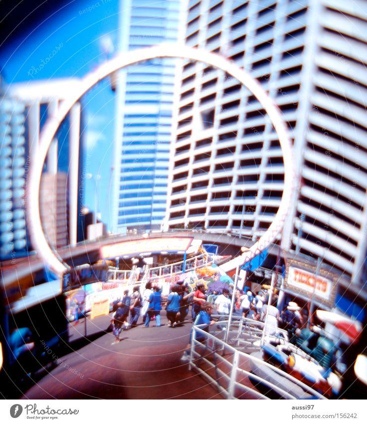 Stargate Kreis Industrie Jahrmarkt Messe Ausstellung Riesenrad Science Fiction