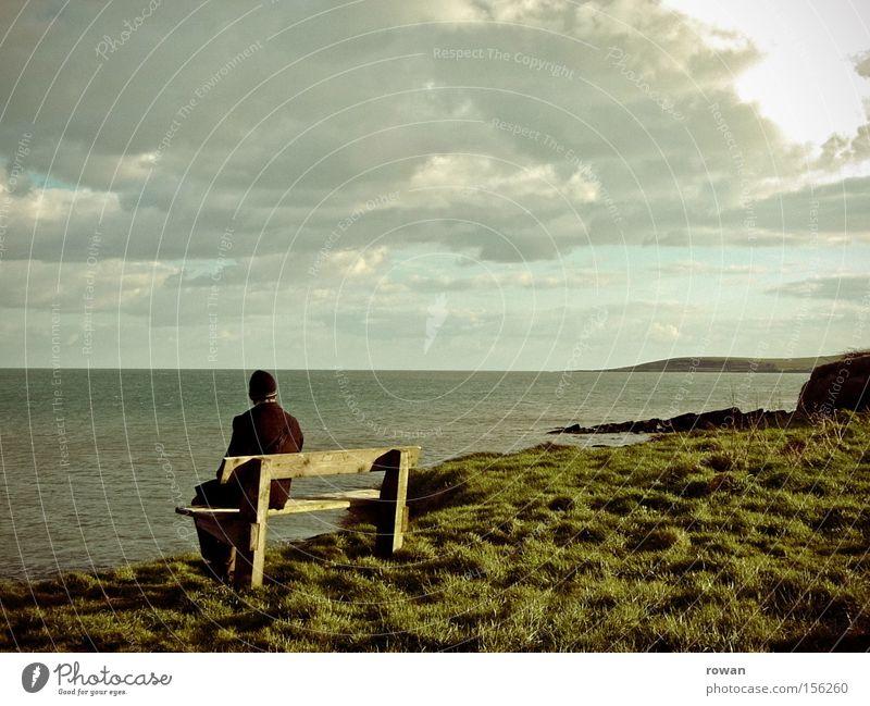 küste Meer Küste Bank Aussicht ruhig Blick Ferne Republik Irland grün Natur sitzen Pause Erholung Strand