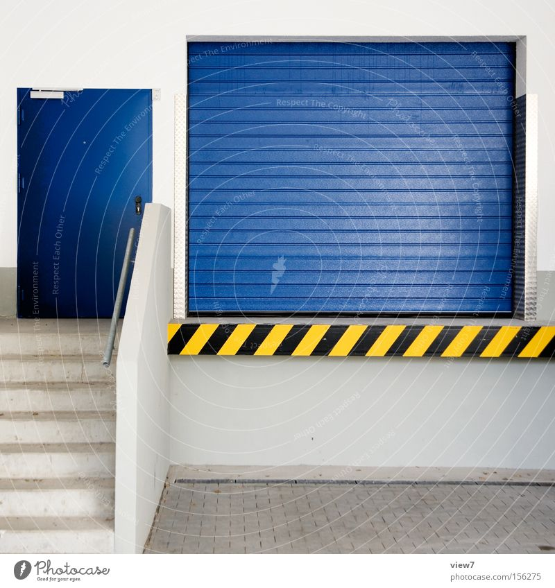 Lieferanten Haus Wand Tür Hintergrundbild leer Sicherheit KFZ Tor Stahl Langeweile Fahrzeug Putz Garage Warnhinweis Pfosten Oberfläche