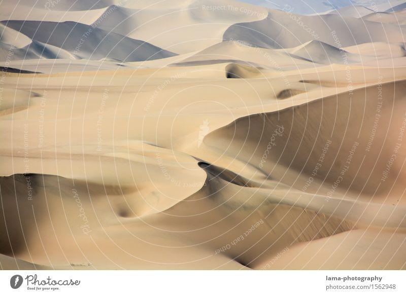 Sandhäufchen Ferien & Urlaub & Reisen Abenteuer Ferne Sommerurlaub Landschaft Wüste Sahara Düne Huacachina Peru Südamerika Afrika Menschenleer Farbfoto