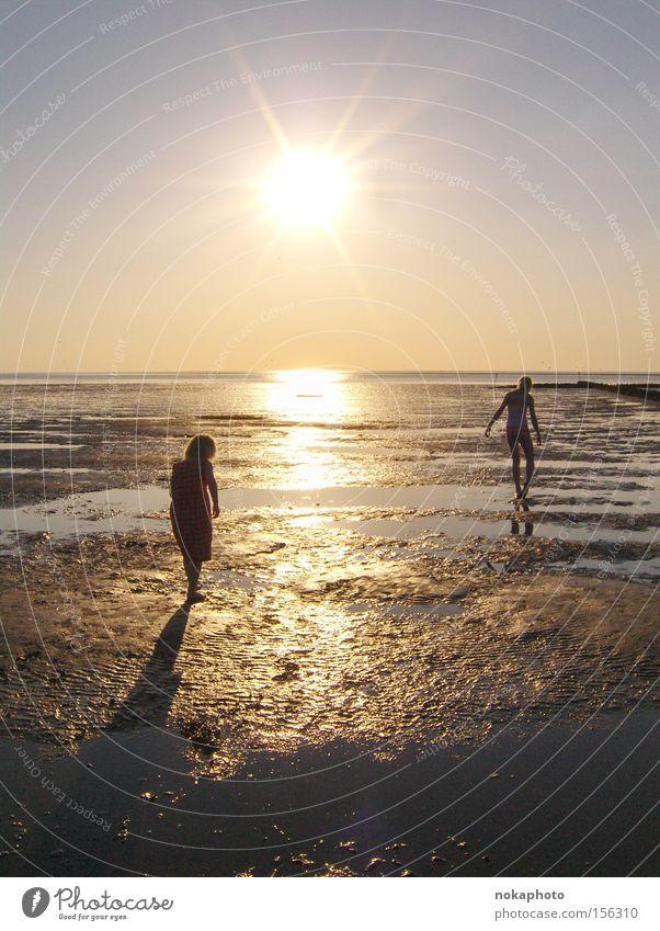 Abendstimmung im Watt Nordsee Wattenmeer Sonnenuntergang Abenddämmerung Freiheit Erholung Ebbe Sommer Meer ruhig Ferien & Urlaub & Reisen Außenaufnahme