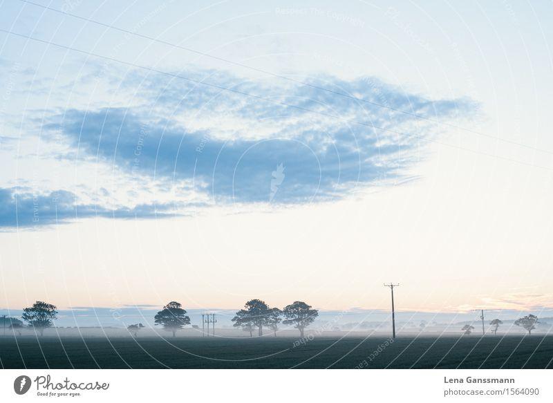 Sonnenuntergang am längsten Tag im Jahr - ein lizenzfreies