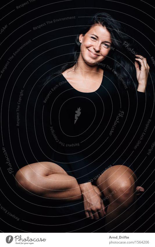 M. elegant Stil Freude Glück schön Körper Leben harmonisch Wohlgefühl Zufriedenheit Erholung Mensch feminin Junge Frau Jugendliche Erwachsene 1 18-30 Jahre