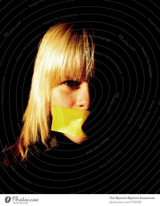 Die Schattenseite der Jugend Jugendliche schön gelb dunkel Haare & Frisuren blond Trauer Vertrauen lang niedlich Verzweiflung Klebstoff Hälfte Schwäche