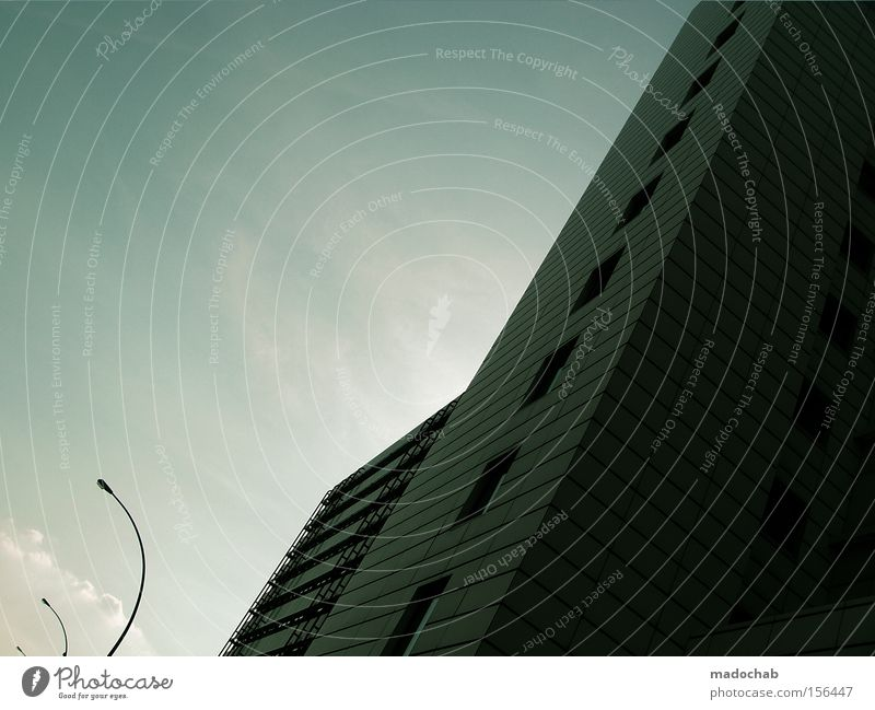 URBANLOVE XXV Himmel Stadt Wolken Architektur Beton Hochhaus Perspektive Niveau Schutz Laterne Plattenbau Höhe Größe Wohnhochhaus