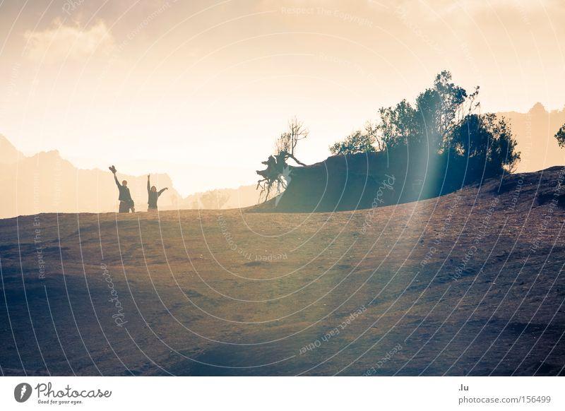 light is, but a moving shadow Sonne Freude Ferien & Urlaub & Reisen Berge u. Gebirge Wärme Sand Stimmung wandern Erde Hügel Abschied Bergsteigen winken Kanaren erobern Naturliebe