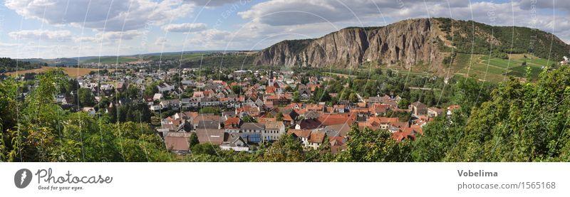 Ebernburg mit Rotenfels Landschaft Wolken Horizont Sommer Felsen Dorf Kleinstadt Haus blau braun grau orange rot bad kreuznach bad münster bad münster am stein