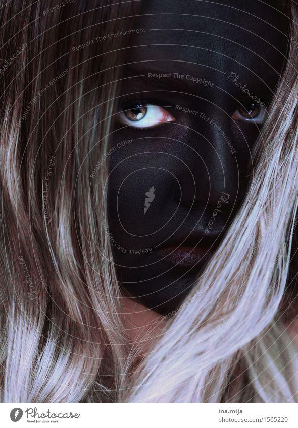 schwarzes Gesicht mit auffälligen Augen Feste & Feiern Karneval Halloween Mensch feminin Junge Frau Jugendliche Erwachsene 1 18-30 Jahre Theaterschauspiel