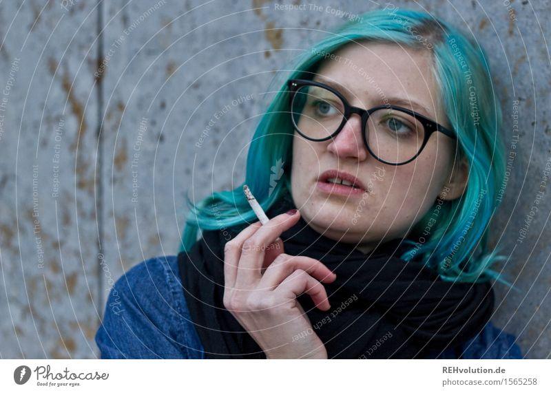 """""""Immer schön cool bleiben, Tiger! Mensch Jugendliche blau Junge Frau Einsamkeit 18-30 Jahre Erwachsene feminin Gesundheit außergewöhnlich Haare & Frisuren"""