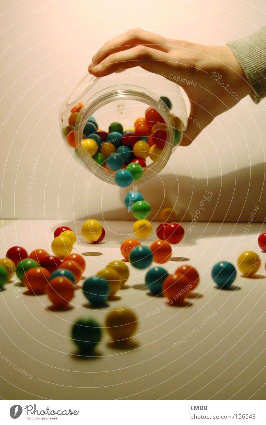 Chicle II Kaugummi Automat Süßwaren süß Ernährung Kugel mehrfarbig entladen rollen chewing gum Farbe leer fallen