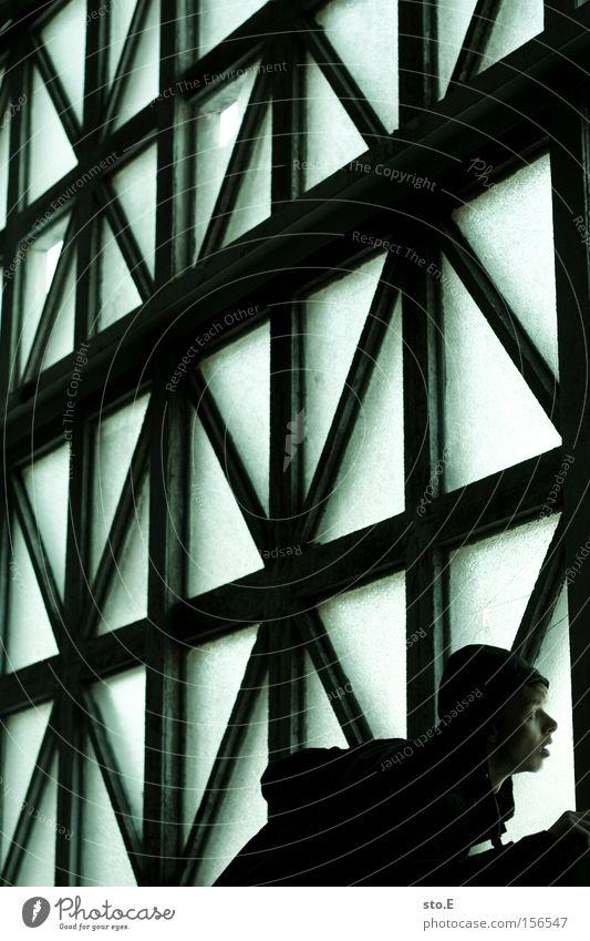 being inside Fenster Glas Fensterscheibe Scheibe Mensch Mann Blick mystisch beobachten staunen Licht parallel Geometrie Einsamkeit verfallen Angst Panik