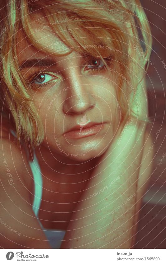 _ Mensch Frau Jugendliche schön Junge Frau 18-30 Jahre Gesicht Erwachsene Leben feminin Stil Lifestyle Haare & Frisuren elegant blond Erfolg