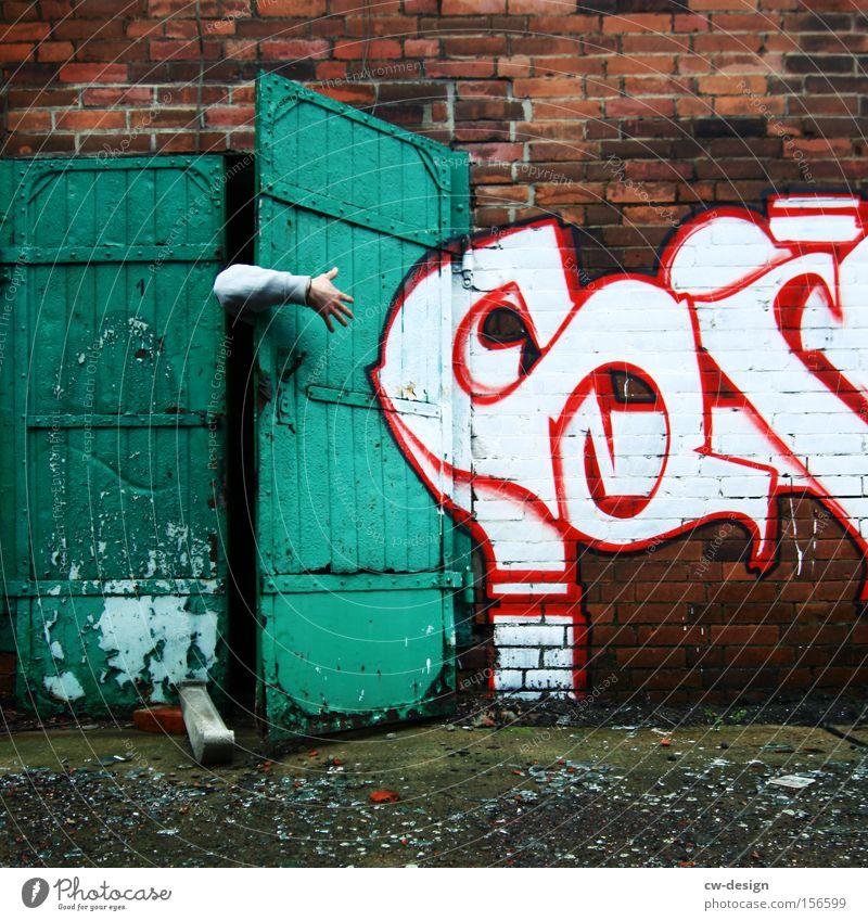 SI SENOR Mensch Mann Hand weiß grün rot Erwachsene Wand Graffiti Mauer Kunst Tür Arme maskulin Finger Suche