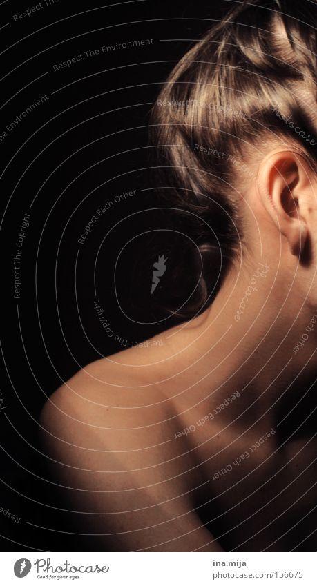 Schokoseite Frau Mensch Jugendliche schön ruhig schwarz dunkel nackt feminin Haare & Frisuren Haut Erwachsene ästhetisch Ohr