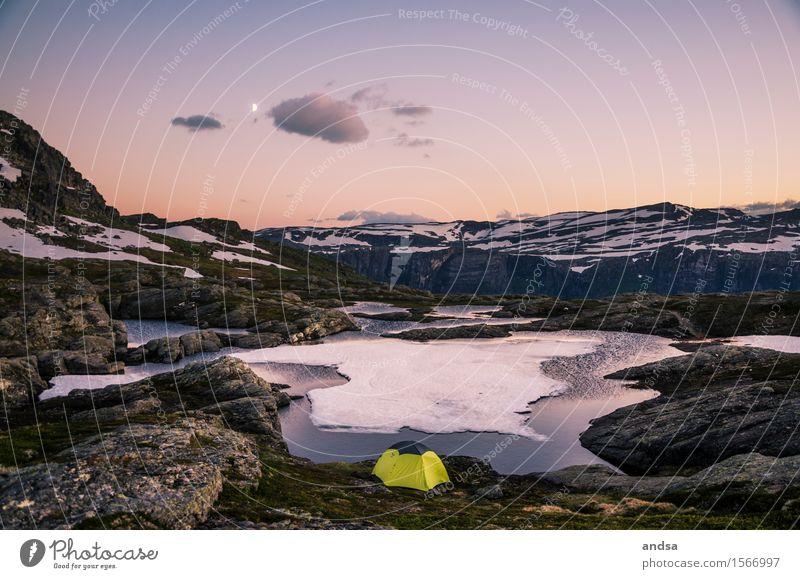 Camping in Norwegen Himmel Ferien & Urlaub & Reisen Landschaft Einsamkeit Wolken Ferne Winter Berge u. Gebirge Schnee Freiheit See Felsen frei wandern Ausflug Abenteuer