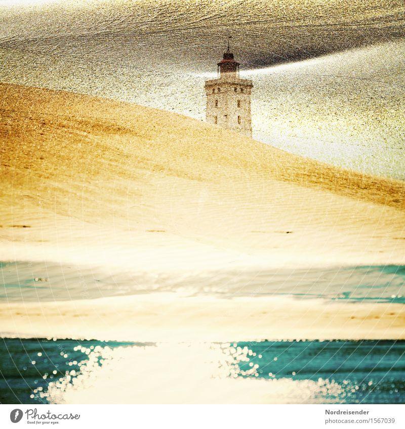 Traumsequenz..... Ferien & Urlaub & Reisen Wasser Meer Ferne Architektur Zeit Sand träumen gold Perspektive Urelemente Sehnsucht Ostsee Wahrzeichen Fernweh