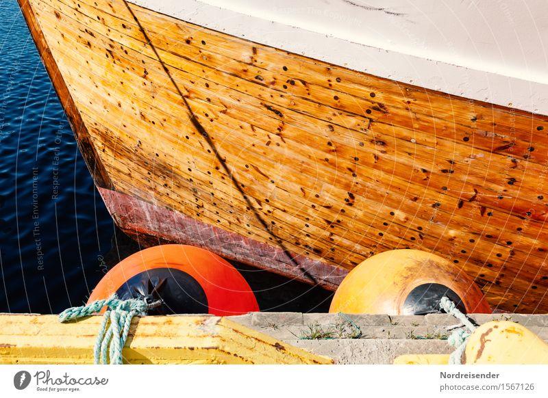 Kutter Arbeit & Erwerbstätigkeit Sommer Schönes Wetter Nordsee Ostsee Meer Fischerdorf Hafen Schifffahrt Fischerboot maritim positiv graphisch Fender Schiffsbug
