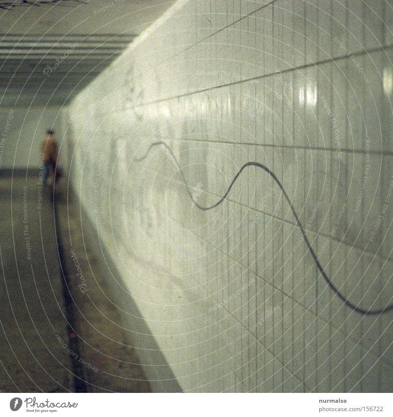 wellendurchgang Tunnel Grafik u. Illustration Fliesen u. Kacheln dreckig Mensch Gemälde Unterführung Gleise Eisenbahn Bahnhof Endstation kalt Bettler Armut