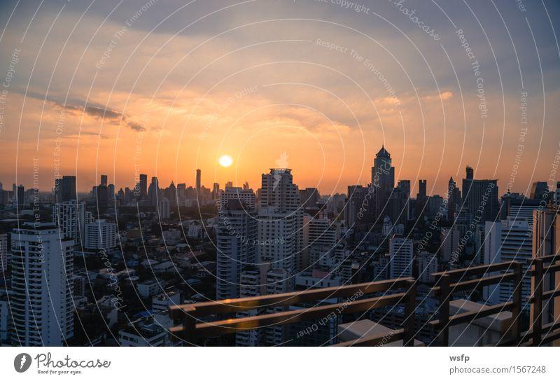 Bangkok skyline Sonnenuntergang panorama Büro Stadt Stadtzentrum Skyline Hochhaus Architektur Ferien & Urlaub & Reisen Stadtteil sukhumvit himmel bank Asien