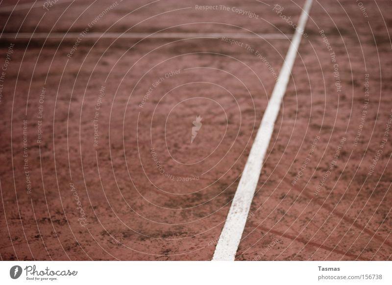 Abgenutzt alt Sportplatz Hartplatz Fußballplatz Tennisplatz Linie Geometrie Gefühle kämpfen Freizeit & Hobby Ballsport Bolzplatz