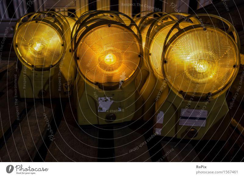 warning lights Stadt gelb Straße Business Arbeit & Erwerbstätigkeit orange Energiewirtschaft Verkehr Technik & Technologie Industrie Baustelle rund Bauwerk