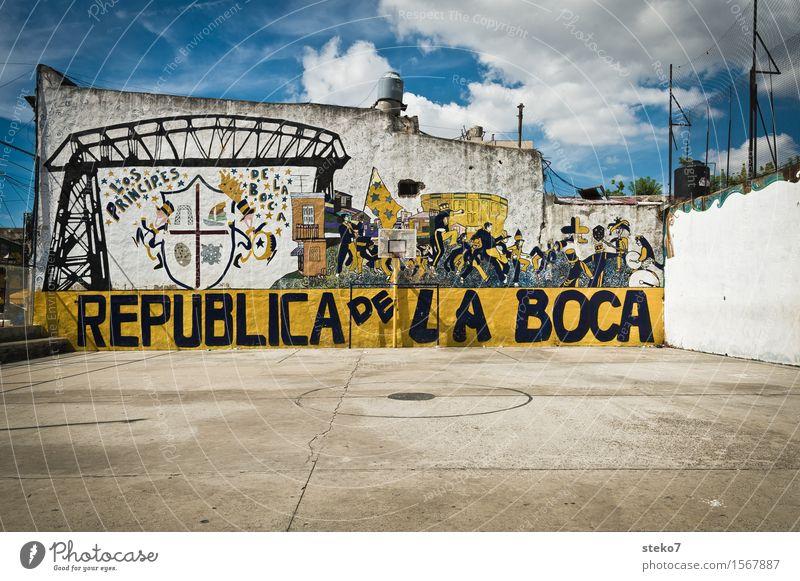 La Boca Buenos Aires Menschenleer Sportplatz Mauer Wand Farbe Kunst Tradition Stadt Zusammenhalt Straßenkunst Graffiti Fußball Basketballplatz Stadtteil