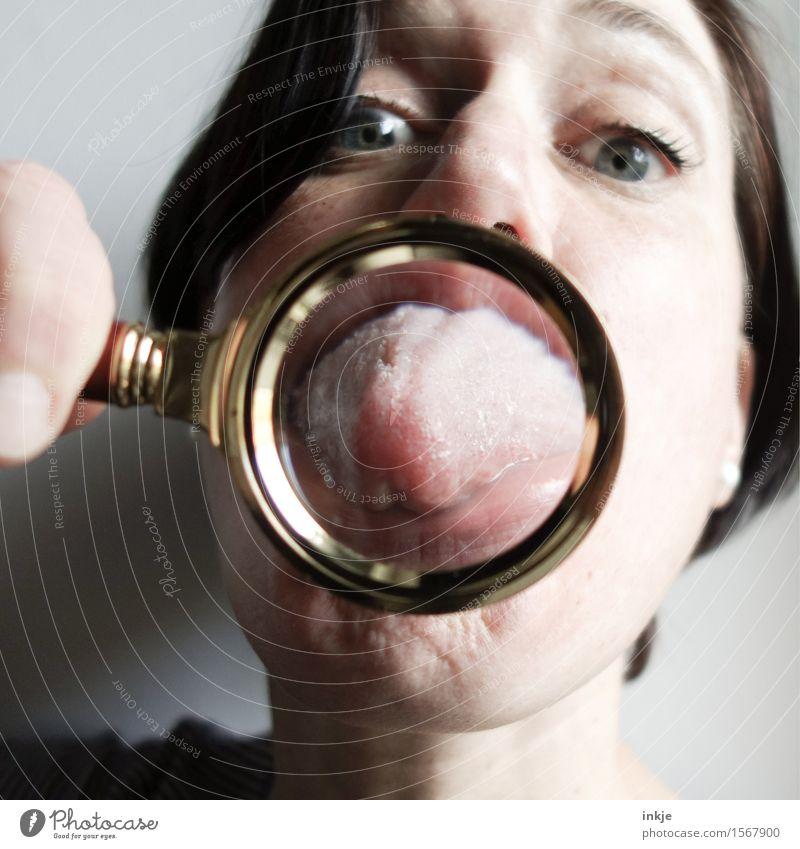:-P Mensch Frau Freude Gesicht Erwachsene Leben Gefühle lustig Lifestyle Freizeit & Hobby Fröhlichkeit Kommunizieren nah Konflikt & Streit trashig machen