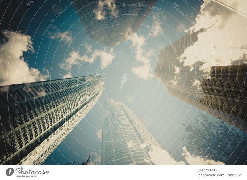 Skyline unter Wolken Städtereise Himmel Schönes Wetter Hochhaus Hotel Fassade fantastisch hoch Stadt Stimmung Einigkeit Fortschritt innovativ Klima Stil