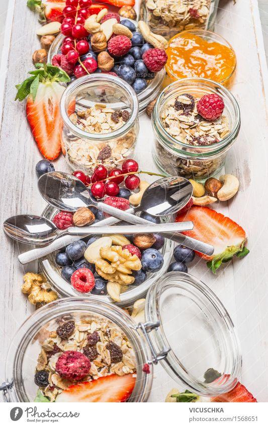 Zutaten für gesundes Frühstück Lebensmittel Frucht Getreide Dessert Ernährung Saft Geschirr Glas Besteck Löffel Lifestyle Stil Gesundheit Gesunde Ernährung