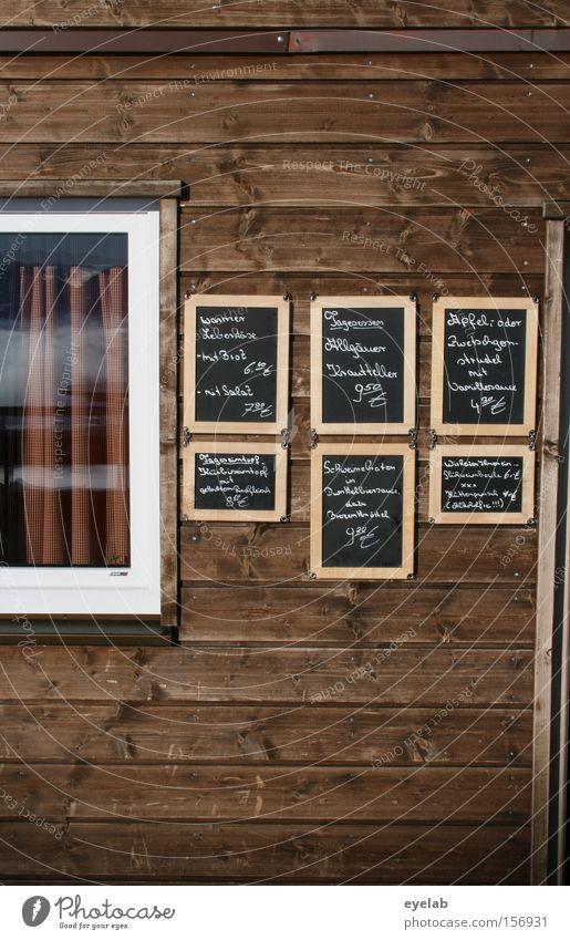 Vertäfelung Speisekarte Tafel Holzwand Holzhütte Bildausschnitt Menschenleer Typographie Handschrift handschriftlich