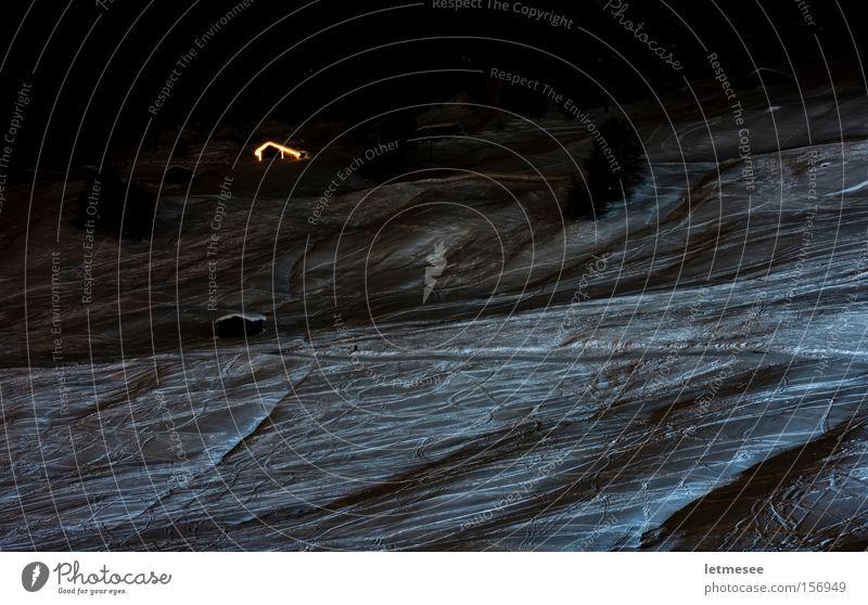 Glühhütte Hütte Schnee Licht Nacht Flutlicht Winter Wintersport Powder