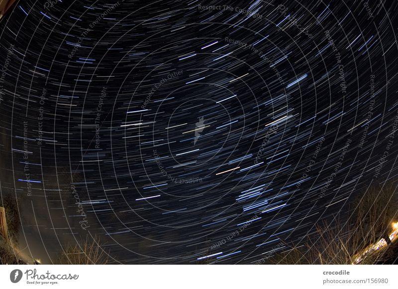 sternenstrudel ll schön Baum dunkel Lampe Erde Vergänglichkeit Stern Flugzeug Planet Astrologie Sternenhimmel Langzeitbelichtung Galaxie Sternschnuppe